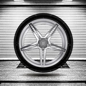 car-fanatic-prezi-template